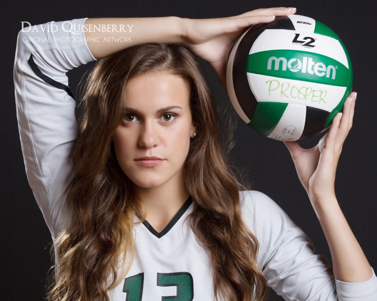 prosper-senior-pictures-with-volleyball